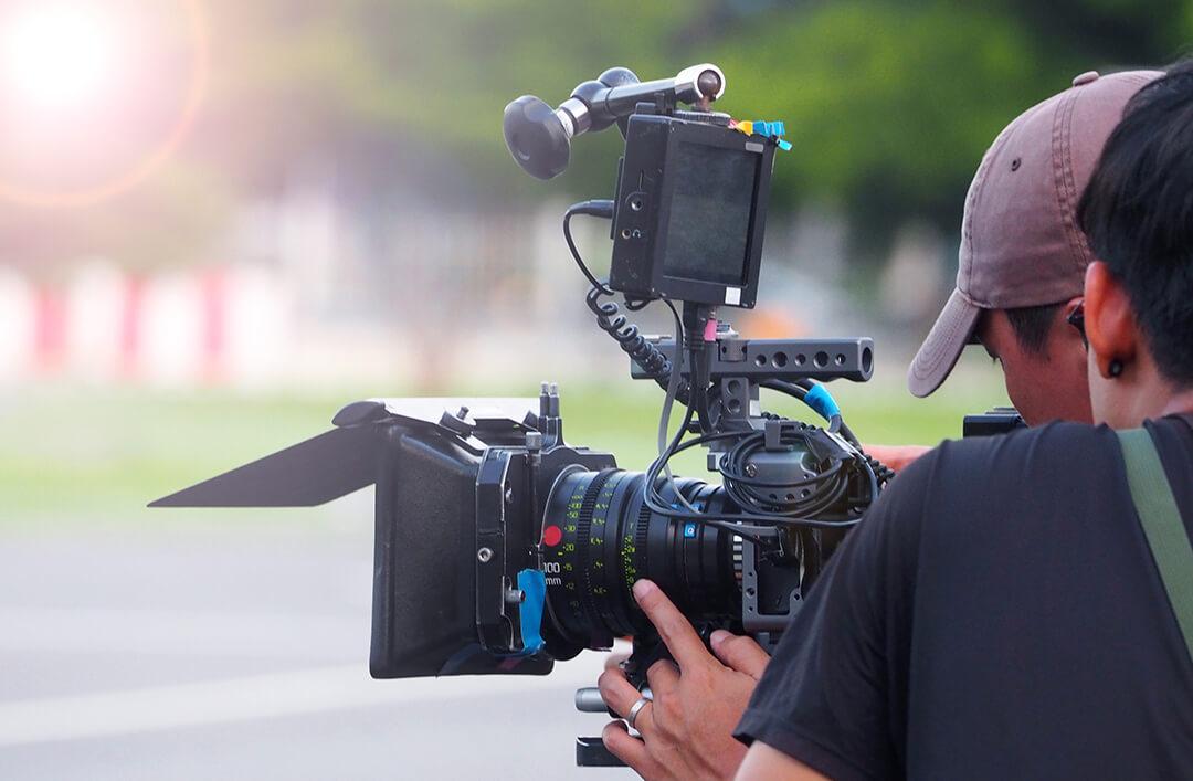 """""""Нашому оператору ледь не розбили камеру"""", – режисерка про зйомки фільму """"Співає Івано-Франківськтеплокомуненерго"""""""