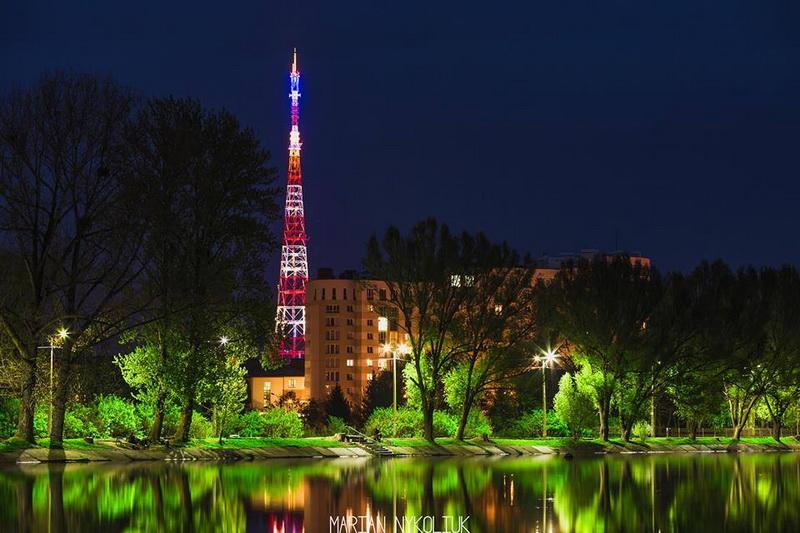 Візитівка Івано-Франківська: у скільки місту обходиться освітлення телевізійної вежі на рік (ВІДЕО)