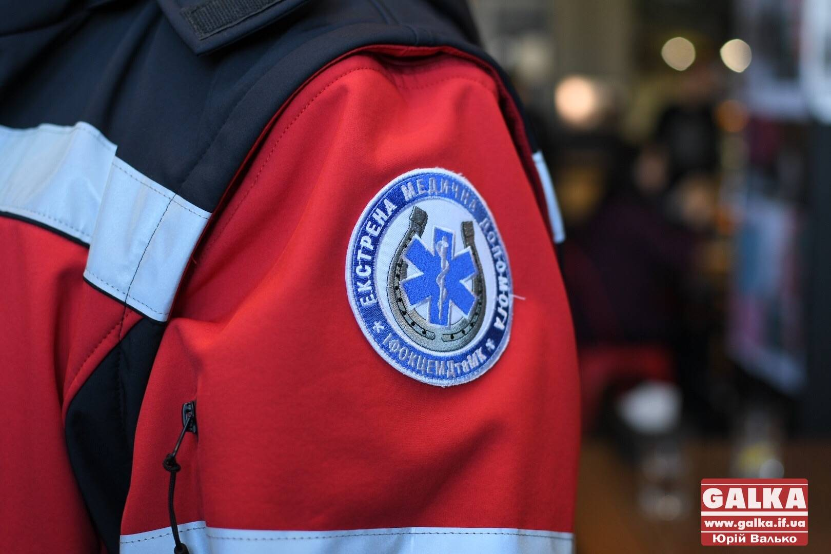 Патрульні і працівники «швидкої» створили відео, аби закликати франківців пропускати спецтранспорт (ФОТО, ВІДЕО)