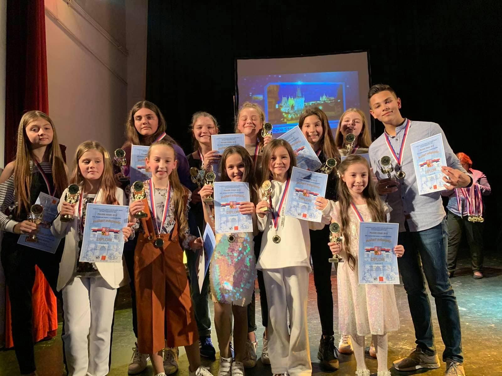 Юні прикарпатські співаки – призери міжнародного конкурсу в Чехії (ФОТО)