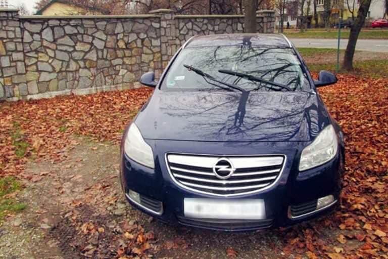 Скористався ситуацією: на Прикарпатті таксист викрав автівку (ФОТО)