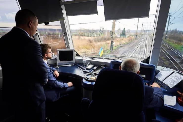 Укрзалізниця планує побудувати євроколію зі Львова в Європу