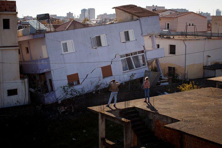 Албанію знову трусило. Оголошено надзвичайний стан
