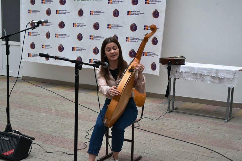 Франківські студенти влаштували онлайн-батл талантів з українськими вишами (ФОТО)