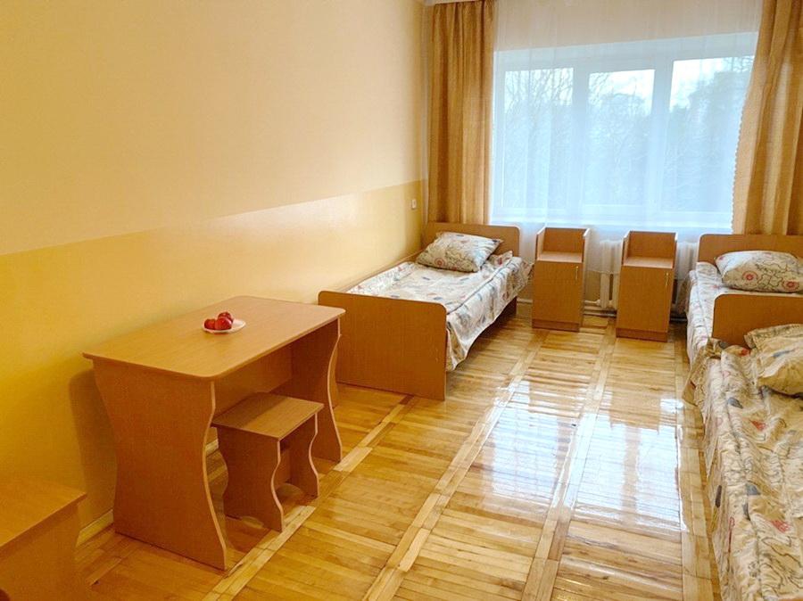 Студентам на радість: у франківському гуртожитку продовжують ремонтувати кімнати (ФОТО)