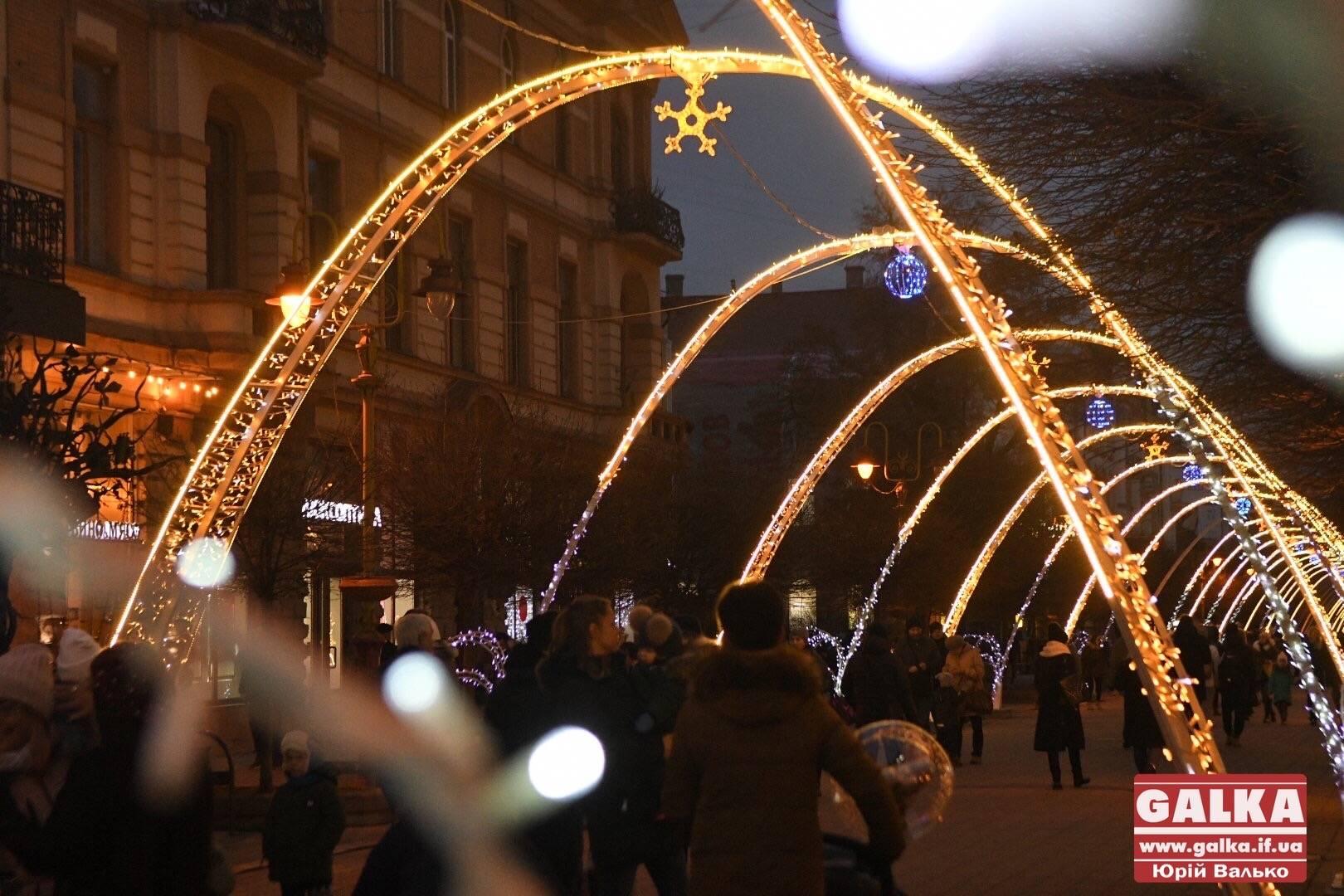 Від початку зими Франківськ відвідали 300 тисяч туристів – Марцінків