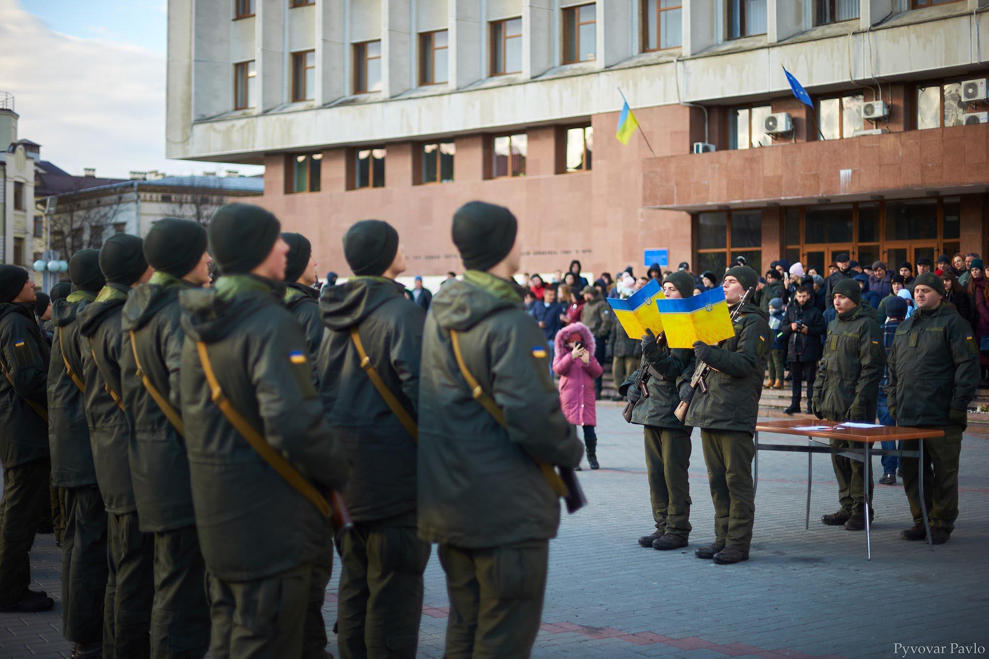 Призовники-нацгвардійці склали присягу у центрі Франківська (ФОТО)
