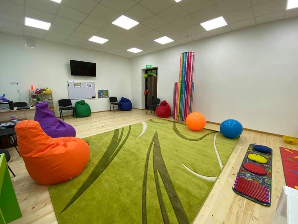 У селі на Калущині для особливих діток відкрили сенсорну кімнату (ФОТО)