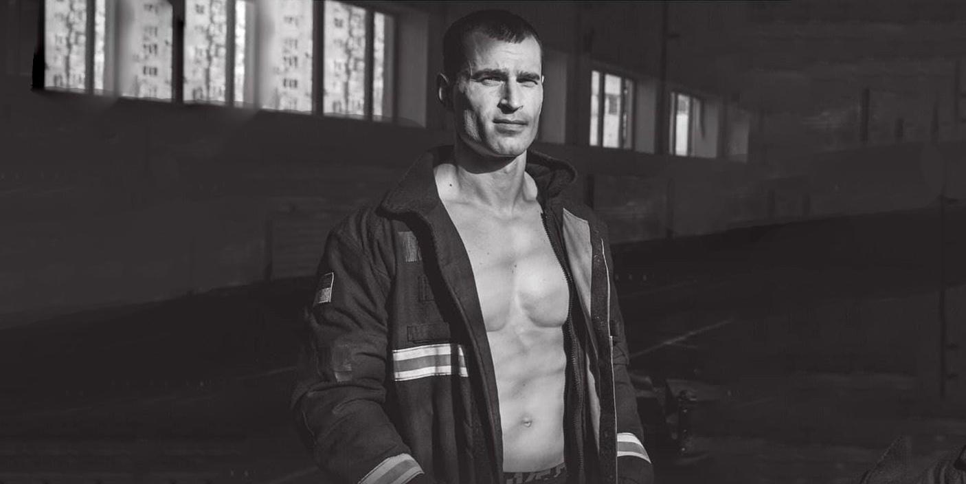 Українські рятувальники знялися для календаря на 2020 рік (ФОТО)