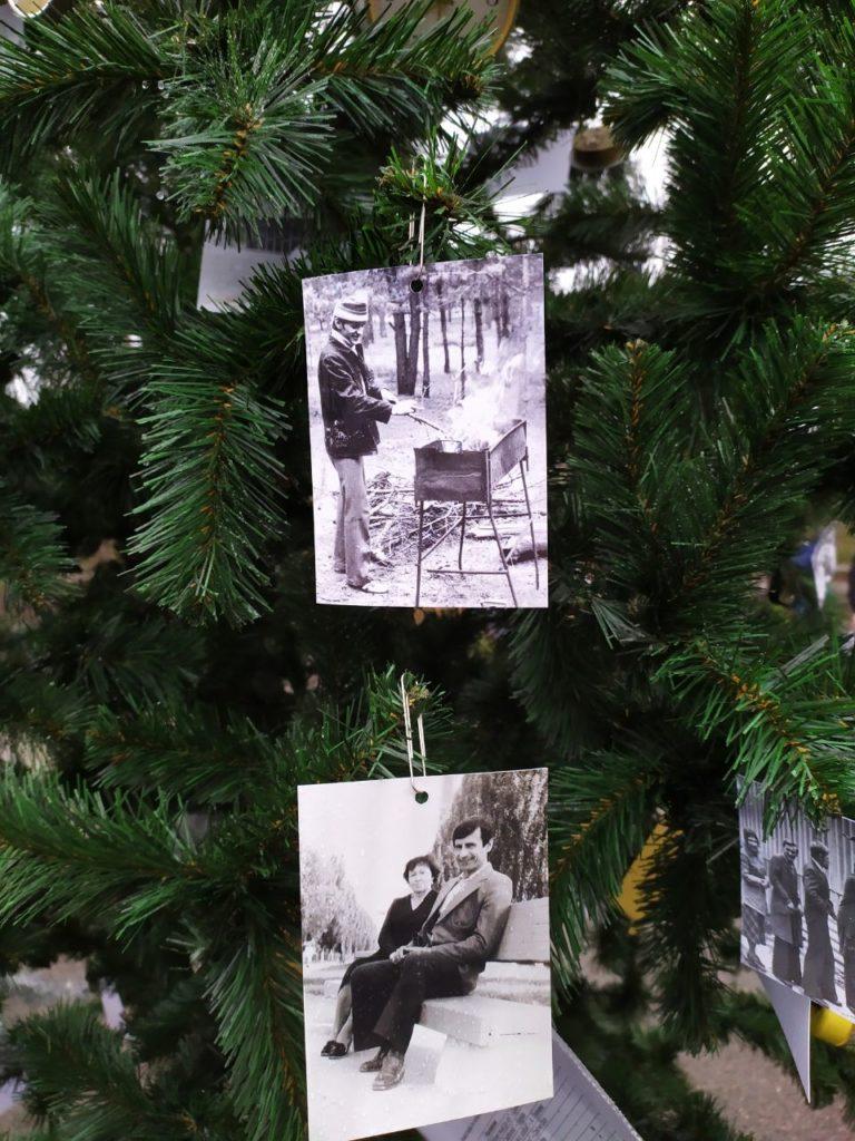У Чорнобилі встановили новорічну ялинку: з'явилося вражаюче фото