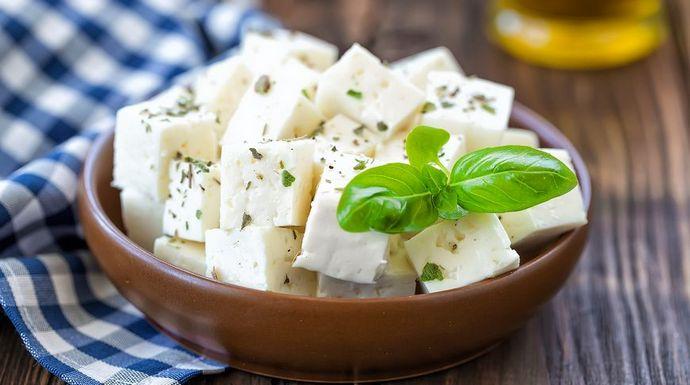 Українські виробники придумали нову назву для сиру фета