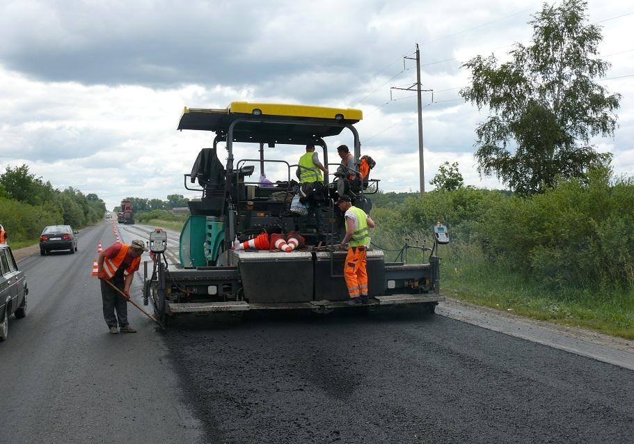 На ремонт доріг Долинщини з держбюджету виділять 27 мільйонів гривень (ПЕРЕЛІК)