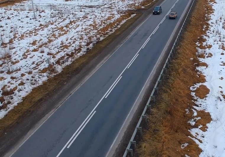 Дорожники слідкують за станом автошляхів Прикарпаття – чистять від снігу та ожеледиці (ВІДЕО)
