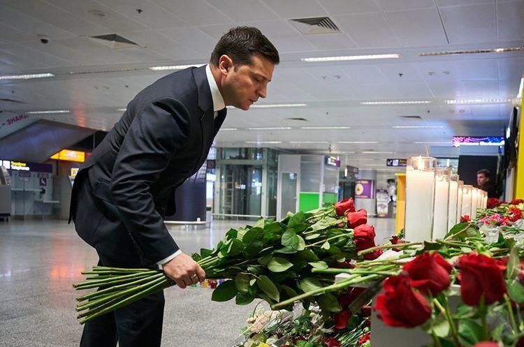 Зеленський оголосив 9 січня днем жалоби в Україні у зв'язку з катастрофою літака МАУ