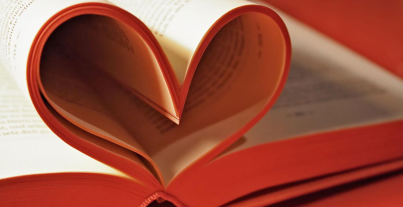 """У бібліотеці імені Франка закоханим допомагають """"освіжити почуття"""" (ВІДЕО)"""