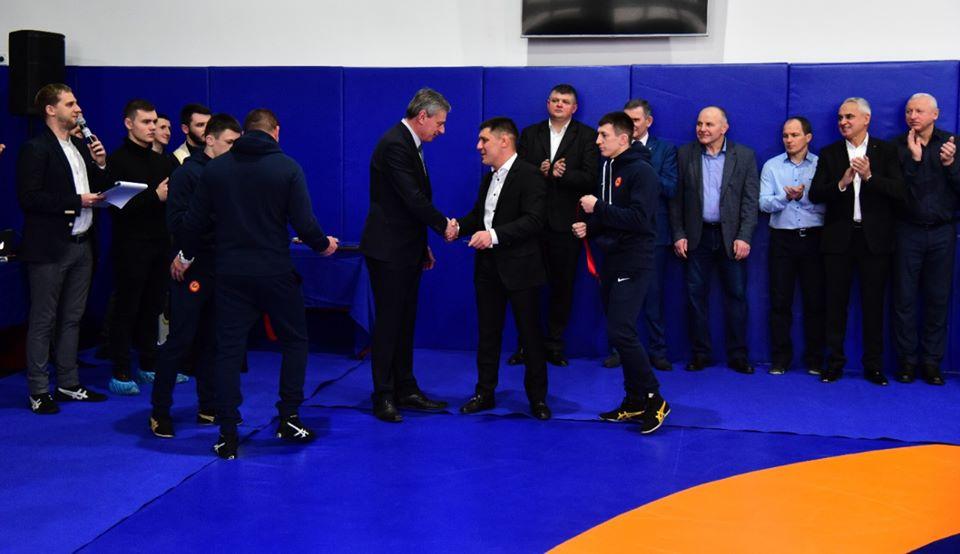 Кузня чемпіонів: у Франківську відкрили Академію вільної боротьби Прикарпаття