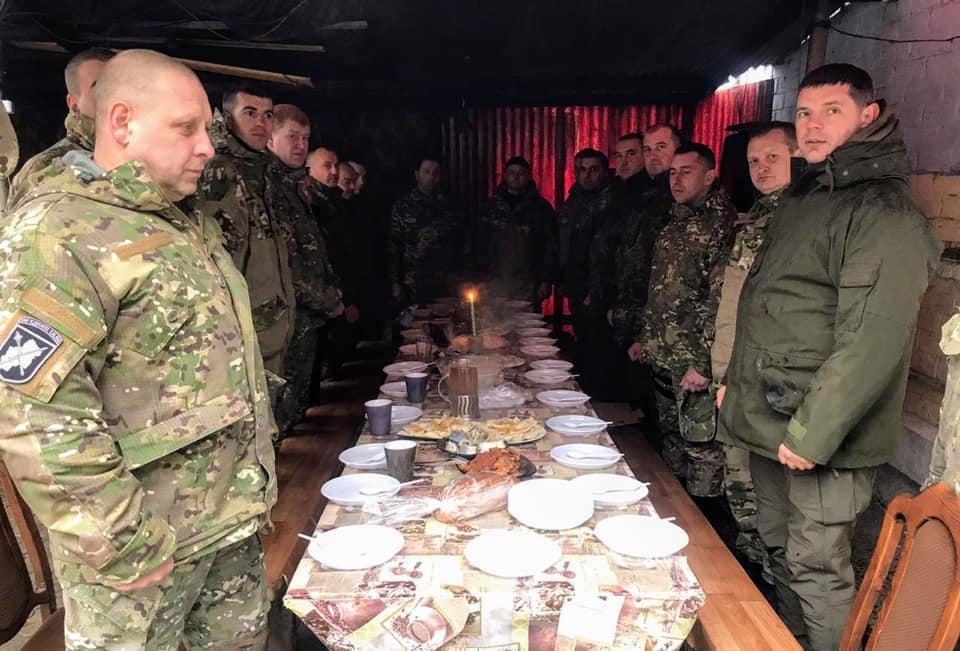 Керівництво поліції Прикарпаття зустріло Різдво разом із правоохоронцями на сході країни (ФОТО)