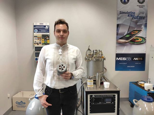 Франківський студент отримуватиме стипендію Кабміну – за наукові праці на 3D принтері (ФОТОФАКТ, ВІДЕО)