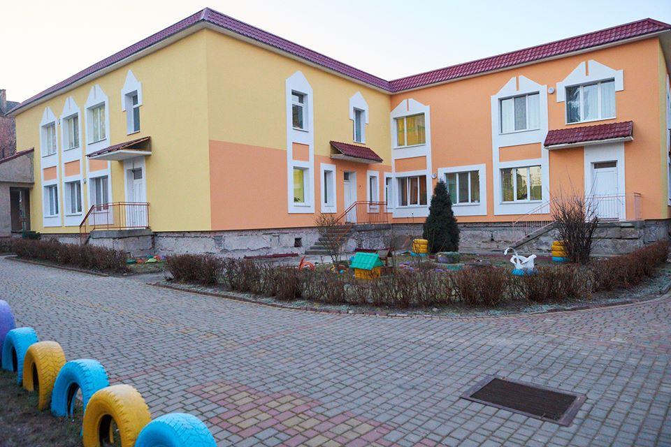 Цього року в Івано-Франківську утеплять ще 11 освітніх закладів (ФОТО)