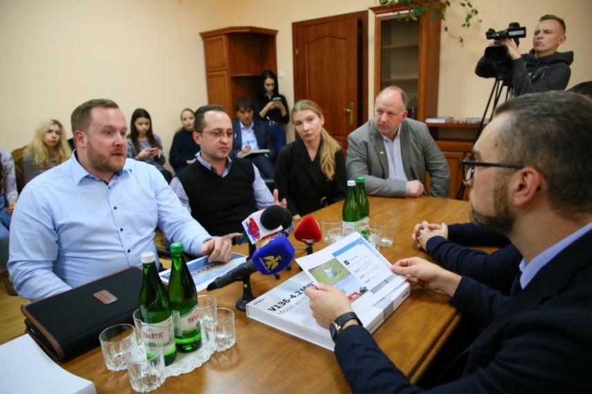 Німці хочуть збудувати у Тлумацькій ОТГ енергогенеруючі вітряки (ФОТО)