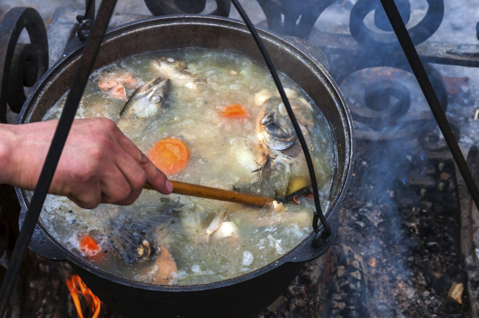 На Водохреща франківців пригощатимуть рибною юшкою