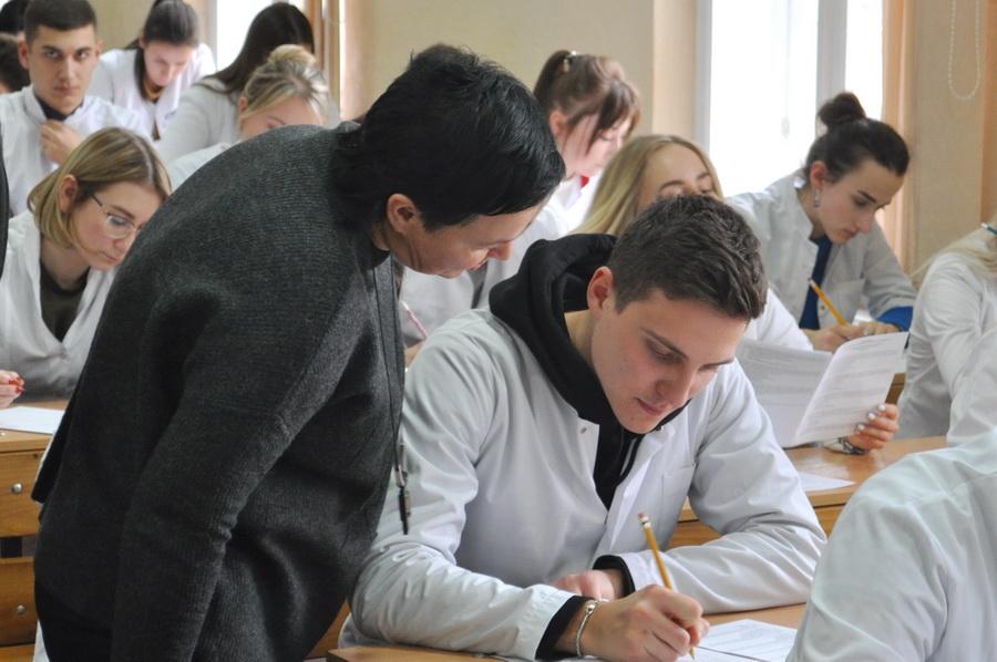Експертна комісія Міністерства освіти і науки України перевіряє ІФНМУ (ФОТО)
