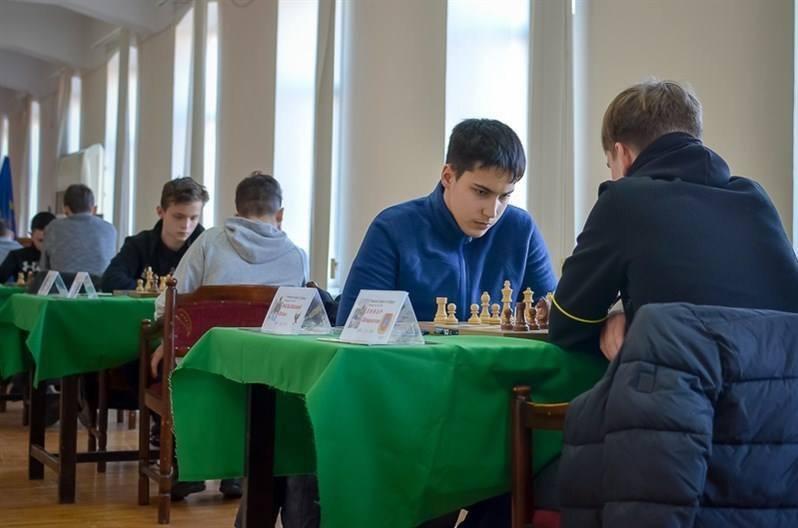 Юний франківець став майстром спорту України з шахів