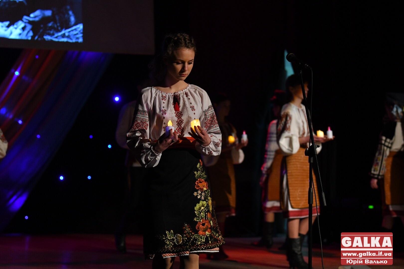 Студенти-медики влаштували музично-поетичний вечір, присвячений Героям Небесної Сотні (ФОТО)