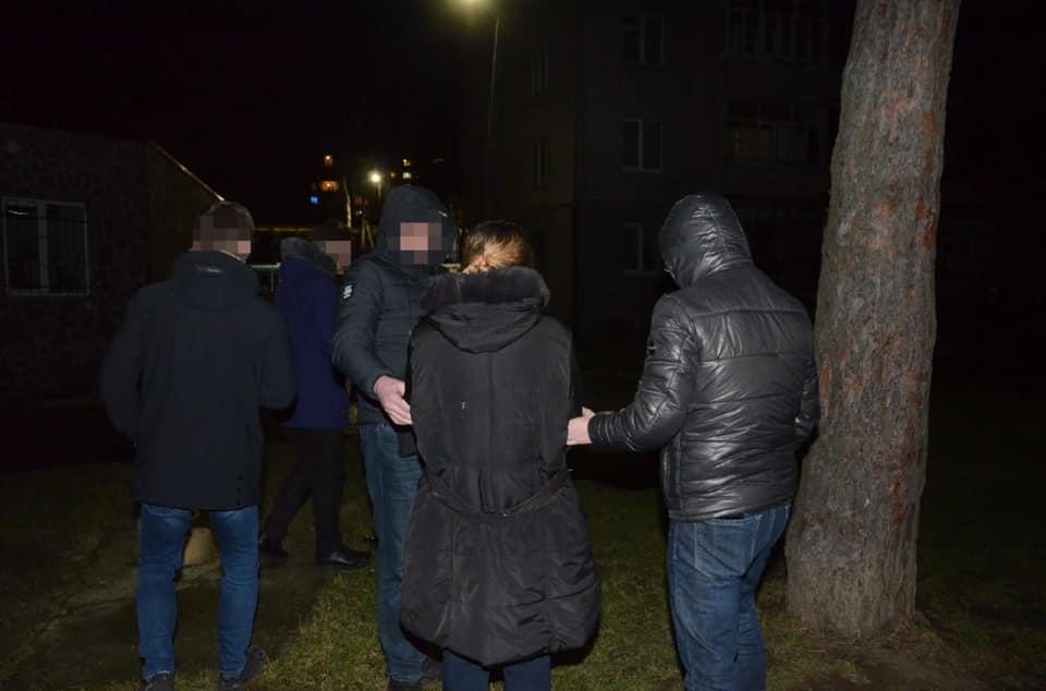 У Франківську затримали жінку, котра замовила вбивство свого колишнього чоловіка з ЄС (ФОТО)