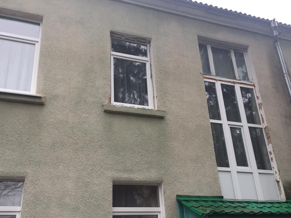 У франківському дитсадку «Ластівка» замінили вікна та двері (ФОТО)
