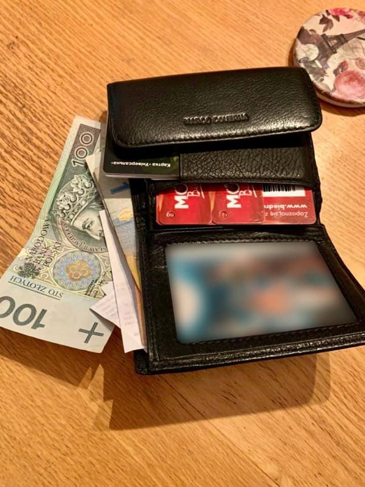 На Калущині в автобусі спіймали рецидивіста, який поцупив у жінки гаманець (ФОТО)