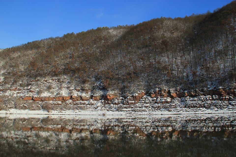 У мережі показали неймовірні світлини зимового Дністровського каньйону (ФОТО)