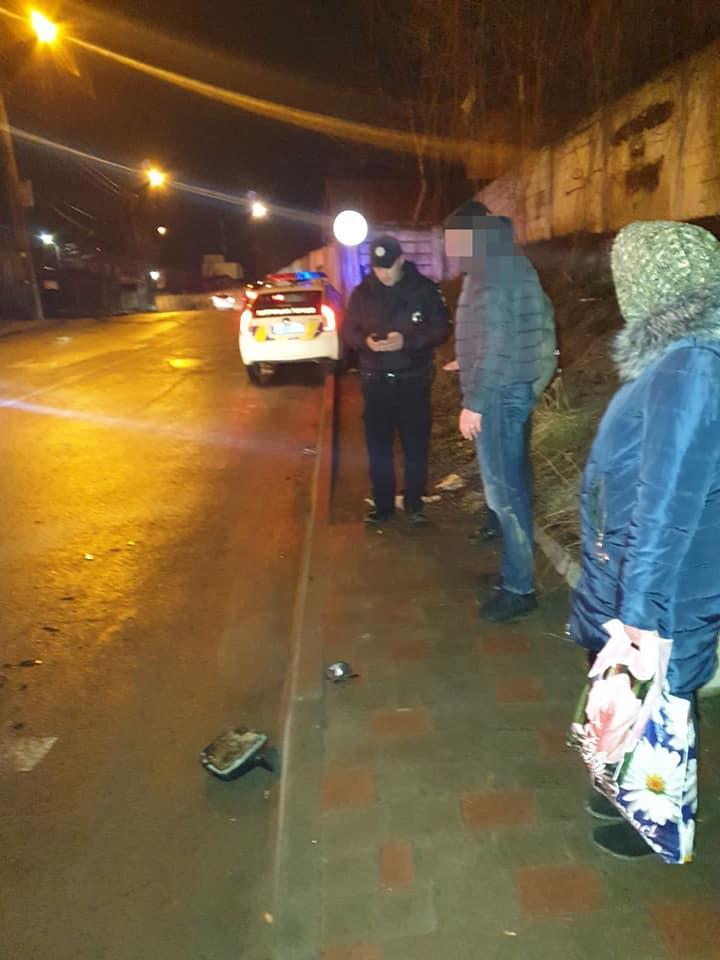 На Деповській невідомий збив чоловіка і втік. Патрульні знайшли винуватця через добу (ФОТО)