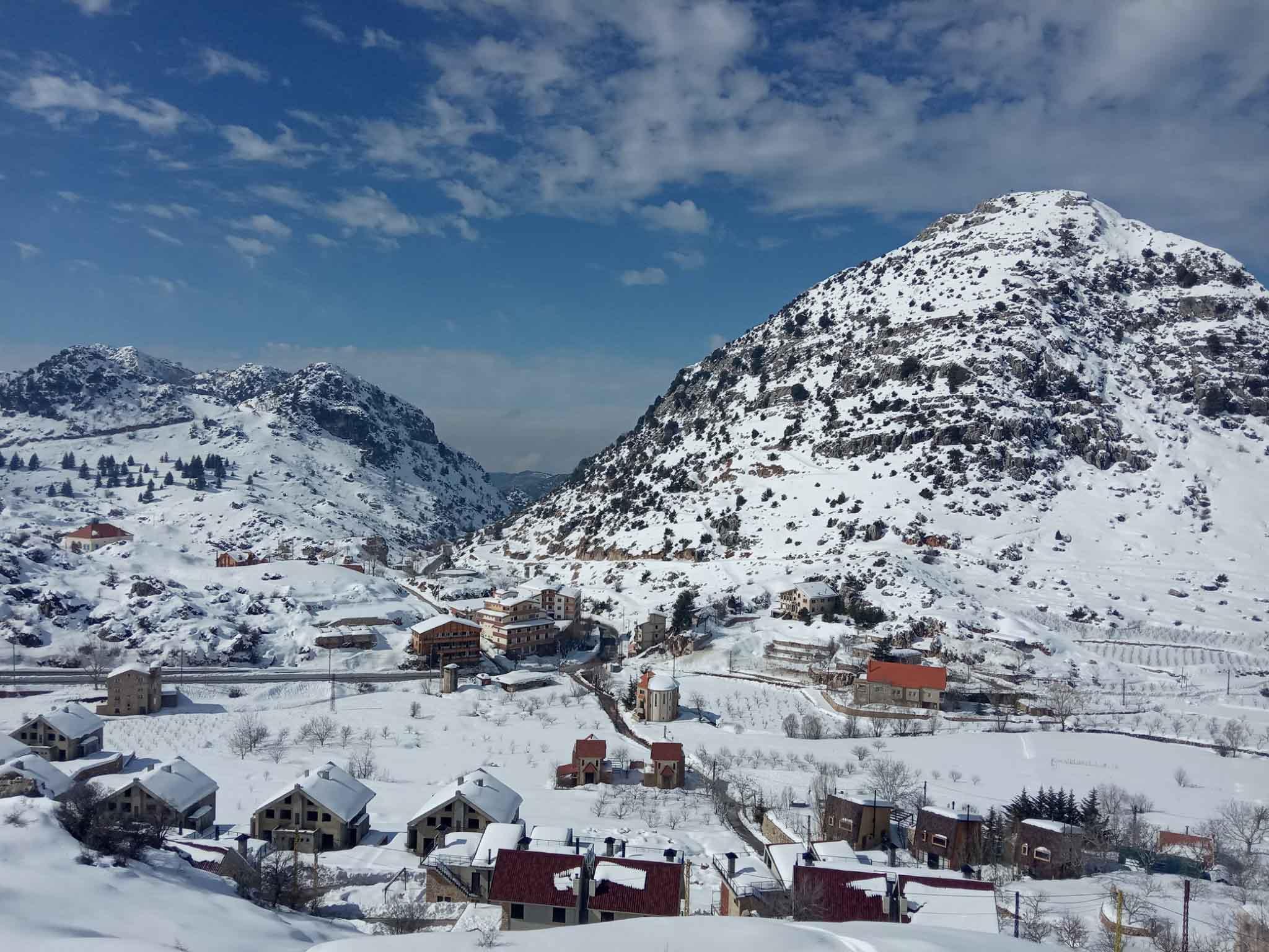 Прикарпатський мандрівник показав світлини зими в Лівані (ШОКУЮЧІ ФОТО)