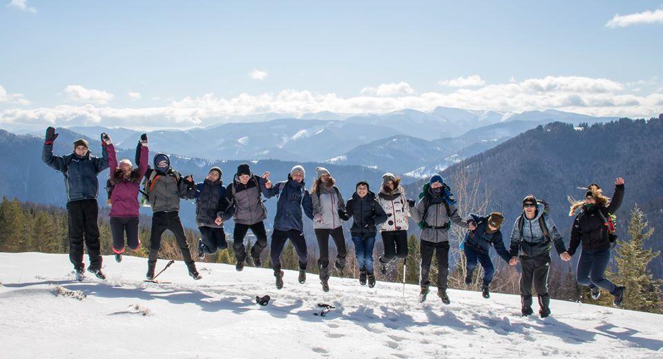 Пластуни мандрівкою у гори відзначили день народження засновника скаутського руху (ФОТО)