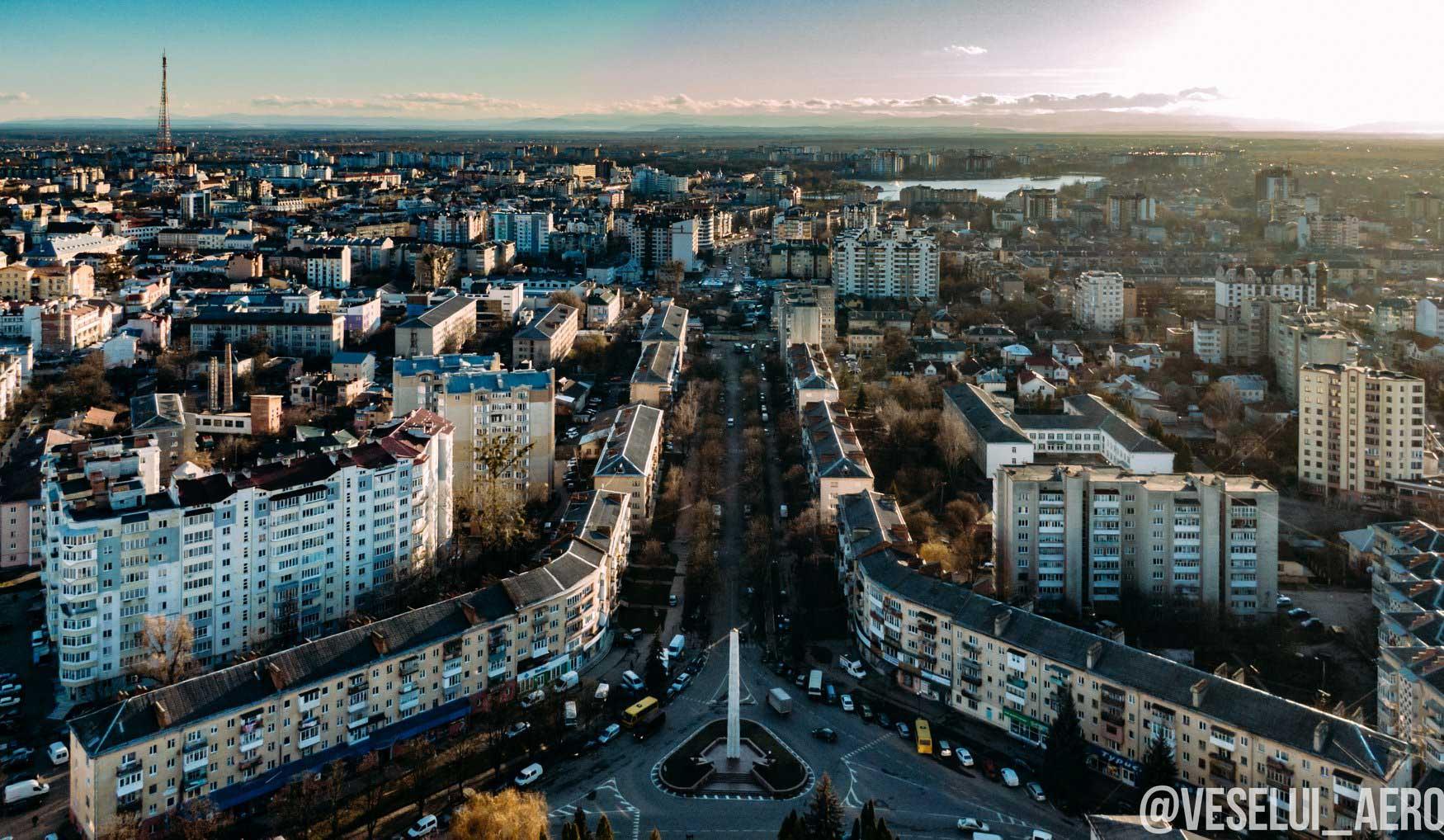 Ще не з'єднані. Фотограф показав Північний і Південний бульвари з неба (ФОТО)
