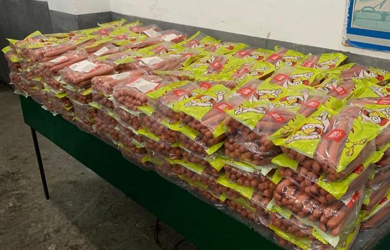 На пів тонни незаконних харчів натрапили галицькі митники (ФОТО)