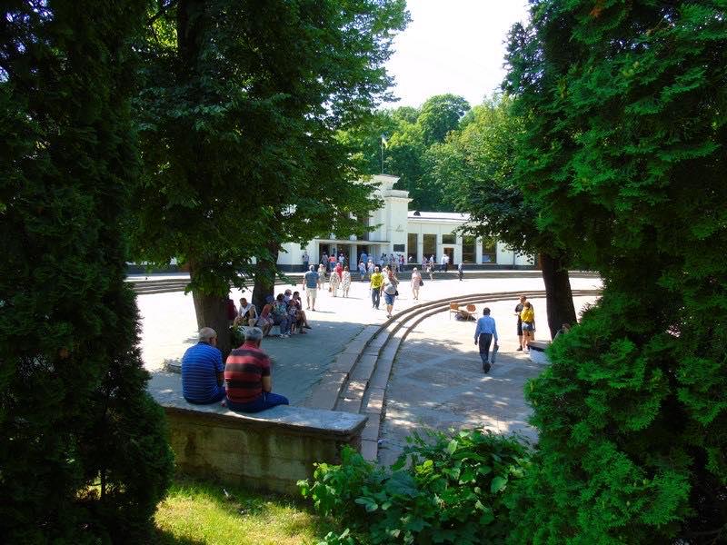 Санаторії Трускавця – допоможуть Вам якісно відпочити та оздоровитись (ВІДЕО)