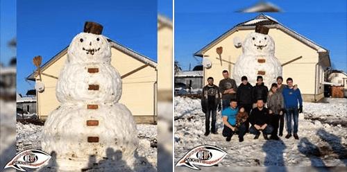 На Рожнятівщині зліпиличотириметрову снігову бабу (ФОТО)