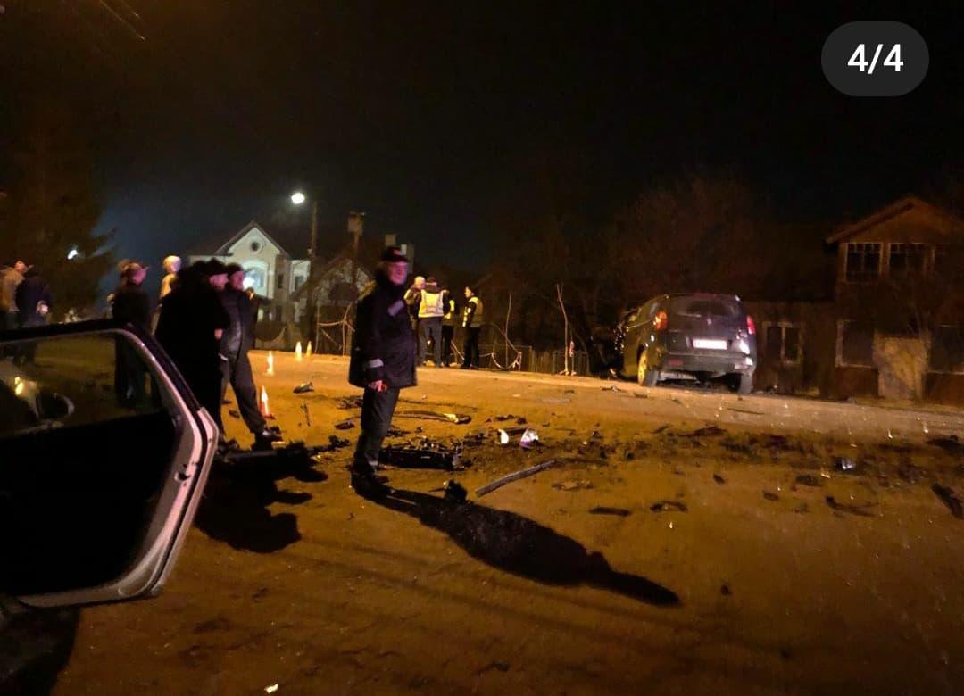 У Калуші в лобовому зіткненні двох авто загинув чоловік (ФОТО)