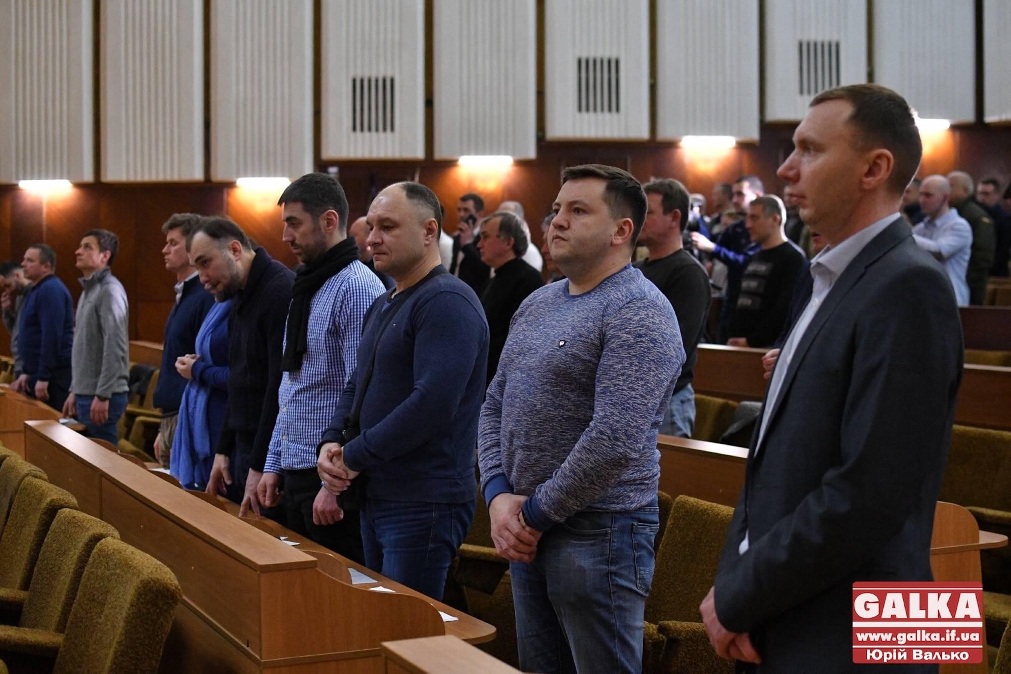 Депутати міськради закликають покарати Кучму та Єрмака за держзраду (ФОТО)