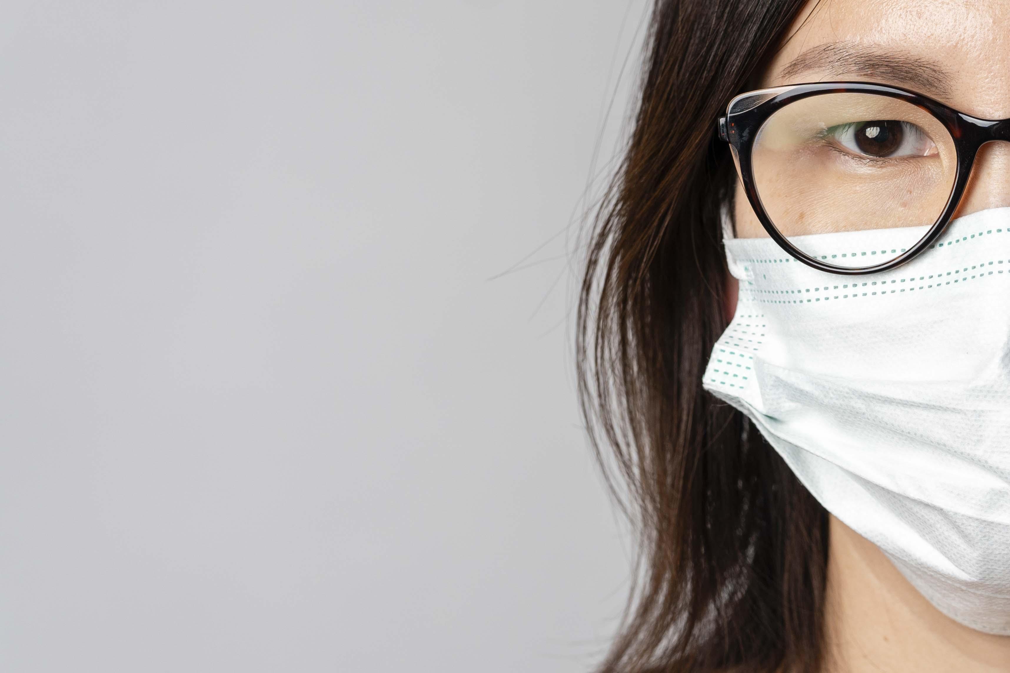 Бізнес відзавтра зможуть штрафувати за відсутність масок у клієнтів і персоналу