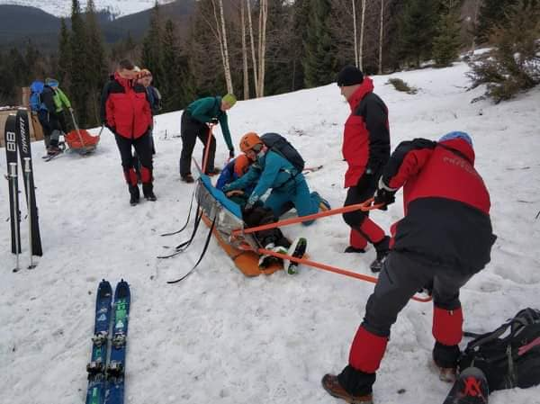 Державні та громадські рятувальники провели спільні навчання у Карпатах (ФОТО)