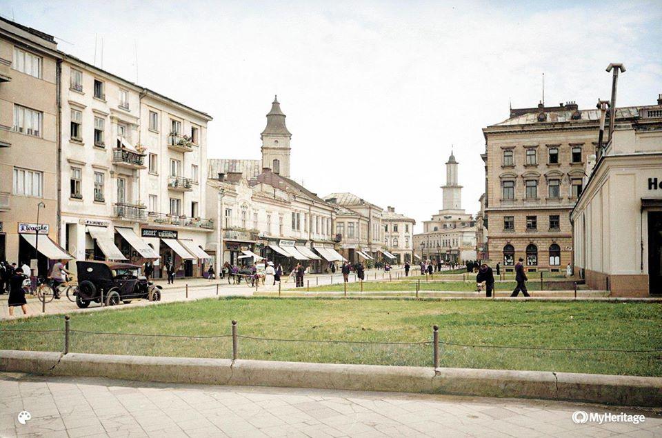 Франківський фотограф показав, яким був Станіславів 80 років тому (ФОТО)