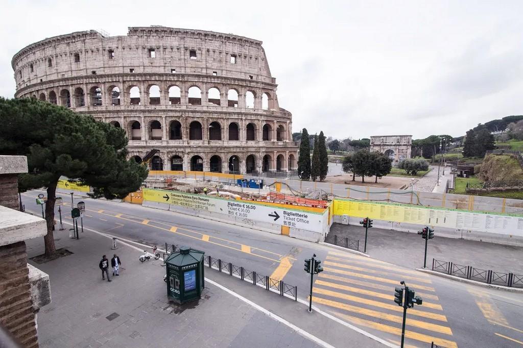 Як виглядає тотальний карантин: порожні вулиці італійських міст (ФОТО)
