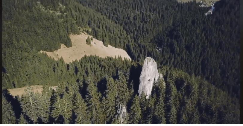 МістичніУгорські скелі показали з висоти пташиного польоту (ВІДЕО)