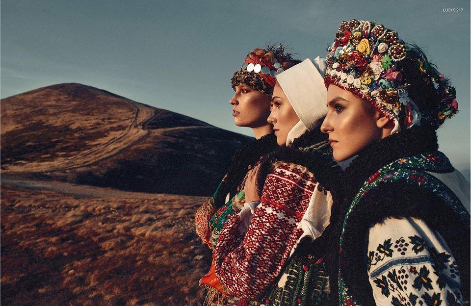 Американський глянець показав моделей у Карпатах у гуцульському одязі (ФОТО)