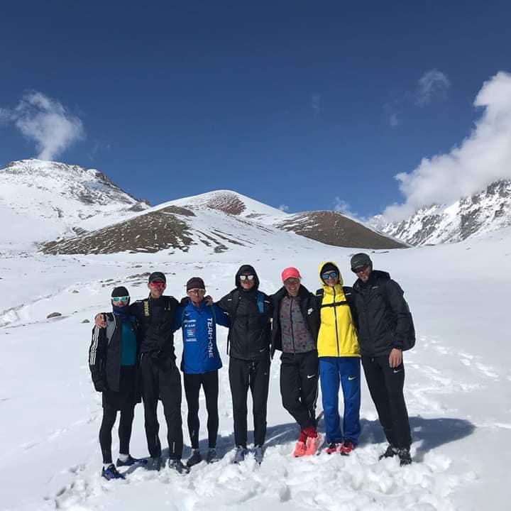 Прикарпатський спортсмен, який через карантин застряг у Киргизстані, підкорив місцеву вершину (ФОТО)