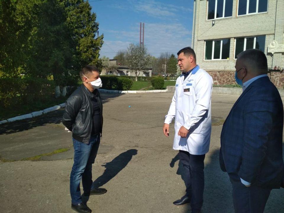 Нардеп Прощук ініціює оновлення обладнання для медзакладів Калущини і Рогатинщини (ФОТО)