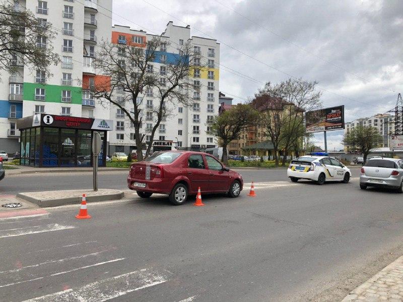 П'яний водій збив жінку на пішохідному переході на вулиці Довженка (ФОТОФАКТ)